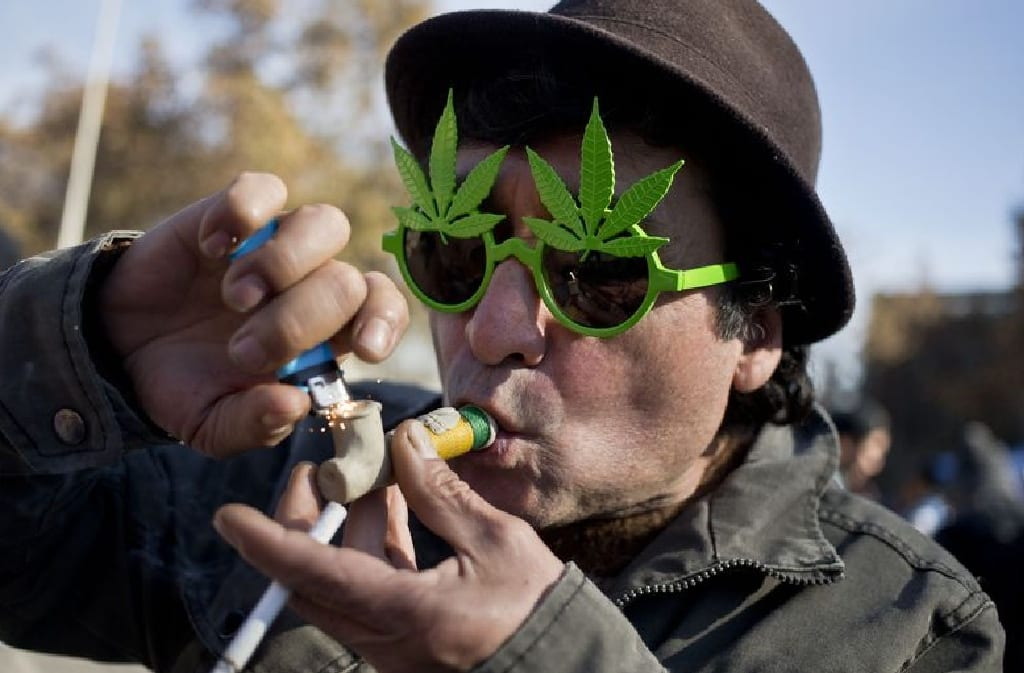 10 Reasons Why People are Proud to Smoke Weed